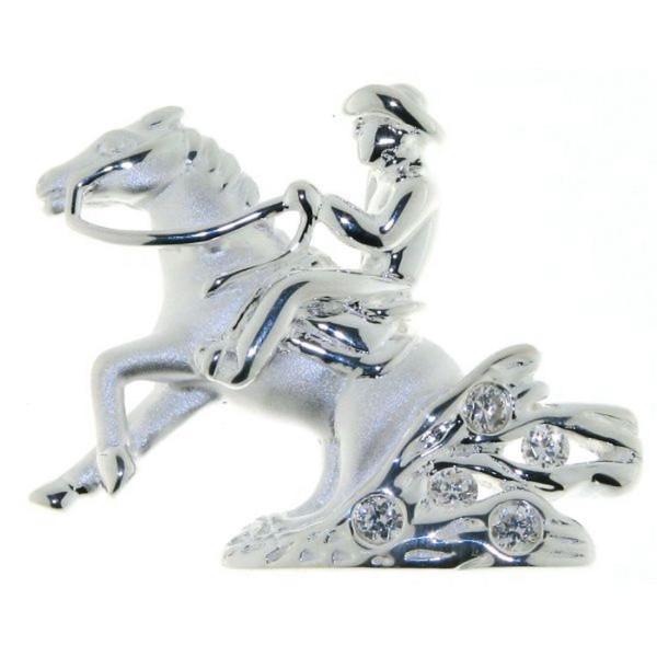 Anhänger Reiter auf Pferd beim Sliding Stop mit Staubwolke echt Silber