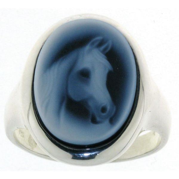 Ring Gemme Achat 16 x 12 mm mit Pferdekopf Vollbluttyp Kamee